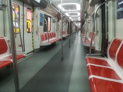 官方回復︰明年兩條地鐵線通車或者試運行