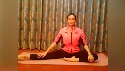 体操世界冠军朱丹教你室内健身操(五)