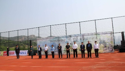 GRS草根足球區域聯賽盛裝啟幕  今年青島首個大型全民健身活動全面開賽