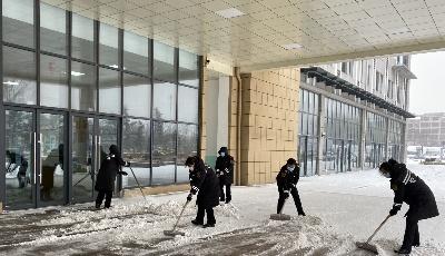 坚守岗位  交运胶州事业部积极应对降雪降温天气