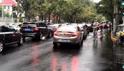 中秋假期首日全國主要道路交通安全形勢平穩