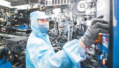 前三季度,规模以上工业增加值同比增长11.8%—— 工业经济发展韧劲持续显现
